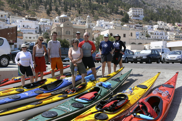 Happy paddlers in Greece with Crossing Latitudes