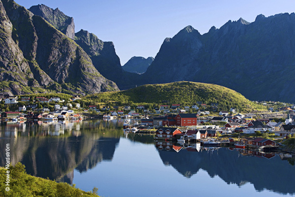 Reine, Crossing Latitudes, Photo by Howie Nordström