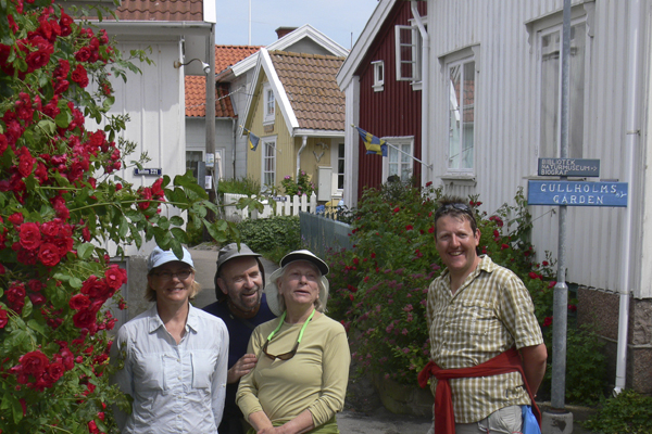 Gullholmen, Sweden with Crossing Latitudes